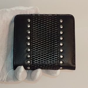 🆕 Kenzie Wallet by Silpada Designs